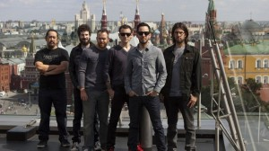 Linkin Park bonds with military, vets